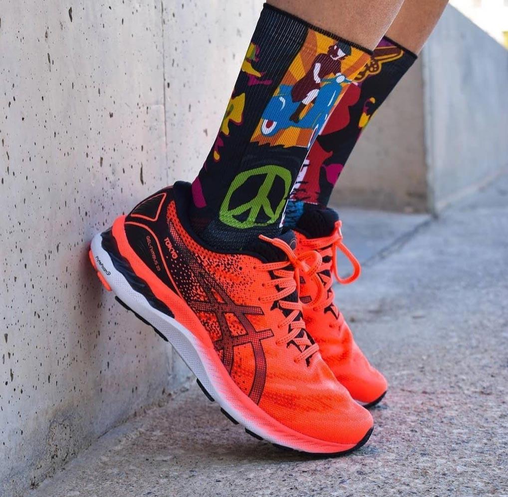 Calcetines para ciclismo y running con temática veraniega